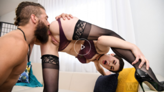 [BrazzersExxtra | brazzers.com] Olive Glass – Sex In Her Stockings (2021)