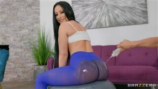 Brazzers Giving Good Gape with Jennifer White and Mick Blue in Big Wet Butts