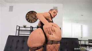 Brazzers Kaden's Curves with Isiah Maxwell and Kaden Kole in Brazzers Exxtra