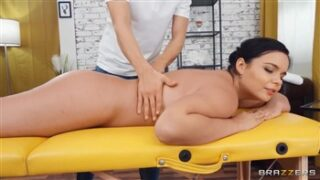 Brazzers Massaging Sofia Lee with Charlie Dean and Sofia Lee in Dirty Masseur